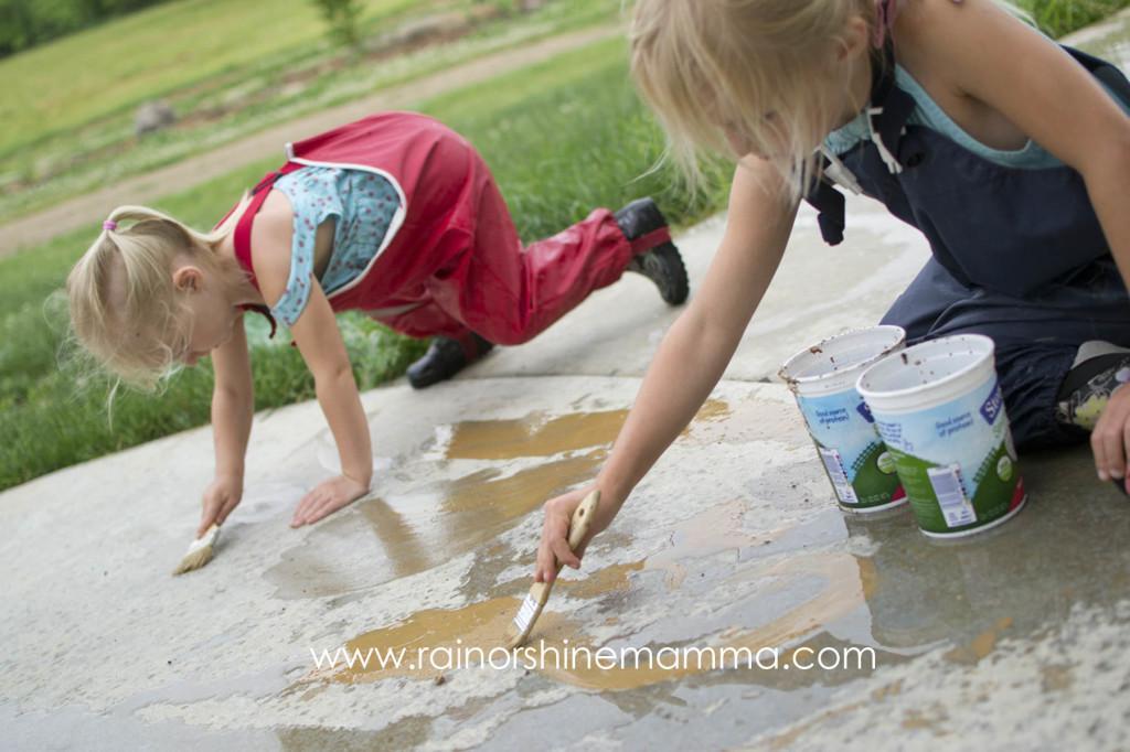 Rainy Day Fun: Painting with Mud! Rain or Shine Mamma.