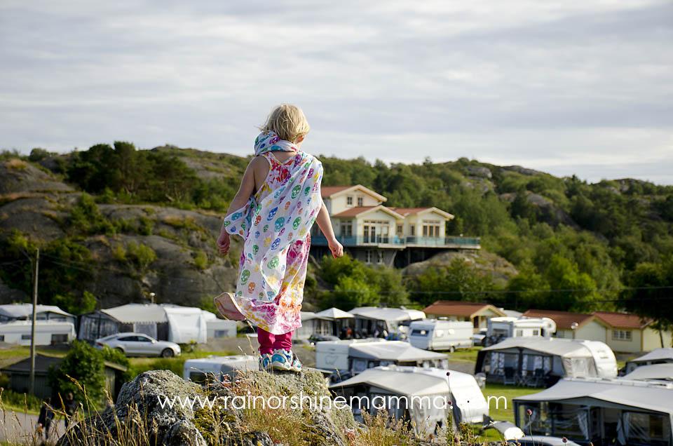 How to Parent Like a Swede. Rain or Shine Mamma.