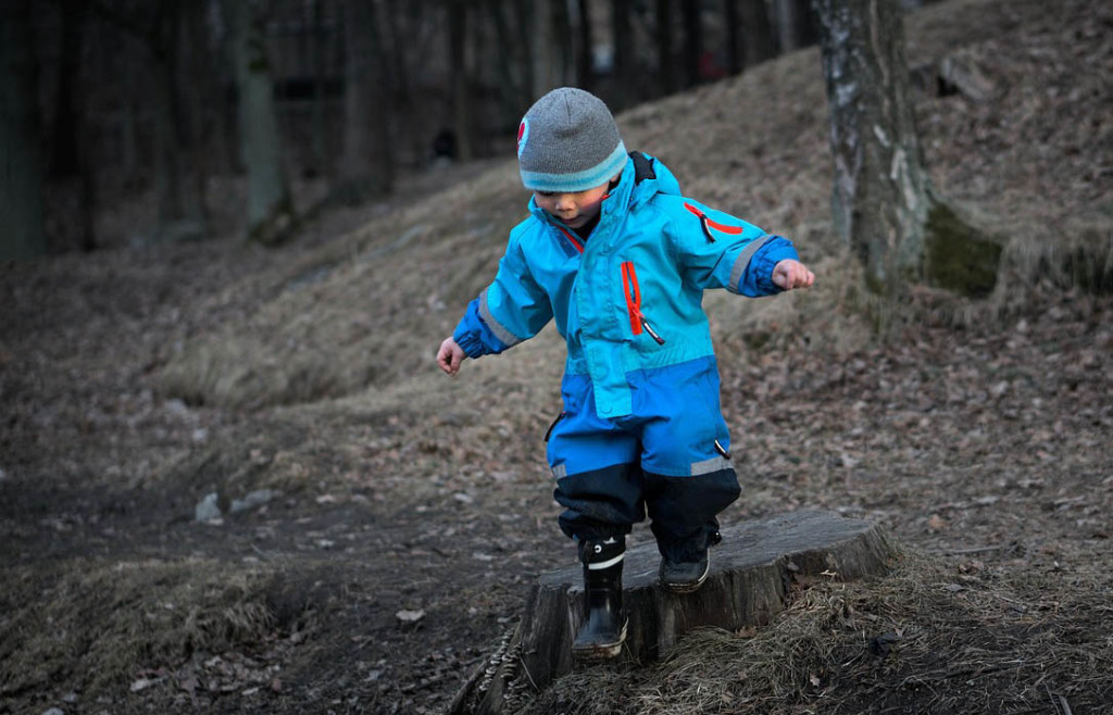 3 Common Health Myths About Playing Outside. Rain or Shine Mamma