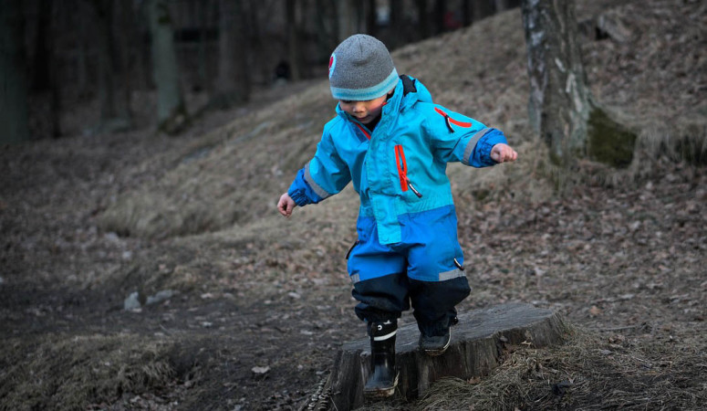 Three Common Health Myths About Playing Outside